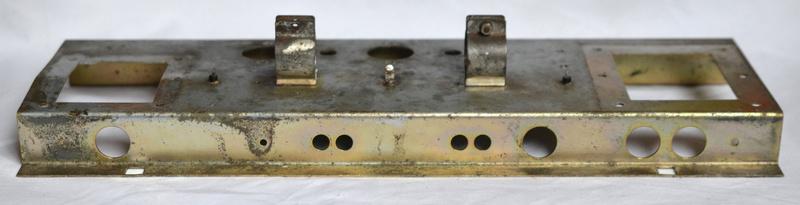 Vox AC50 mark III chassis plinth, drop edge