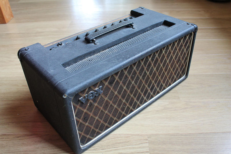 Vox AC50 mark 2, large box, serial number originally in the 1500s-1600s
